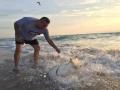 Capitan Jorge Murillo de Colombia Ecoturismo - rescata tiburona