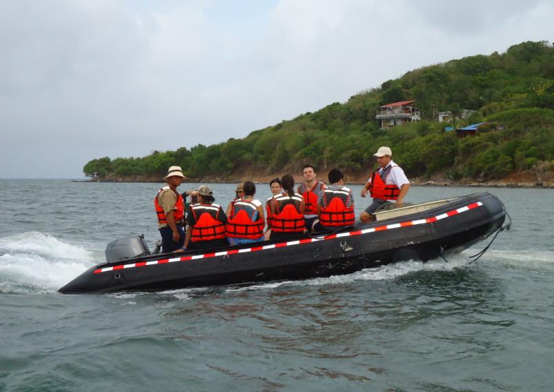 tour en bote desde crucero colombia